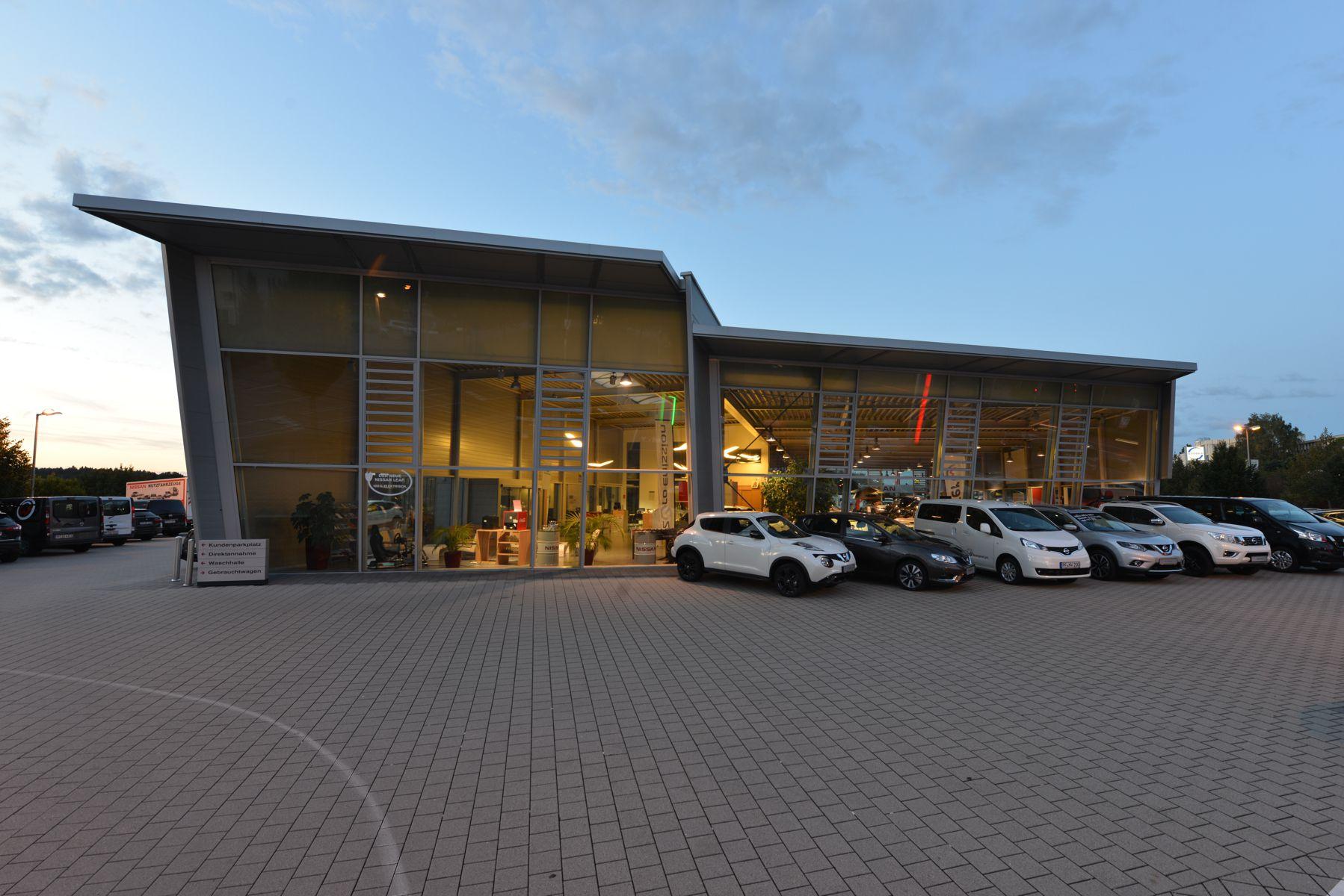 Pforzheim macht Tanzkurs im Autozentrum